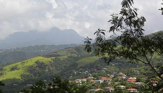 dominica-village