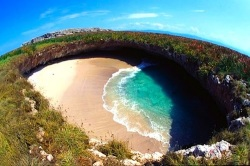 The-hidden-beach-of-Marieta-Islands-33